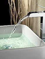Недорогие -Ванная раковина кран - Водопад Хром По центру Одной ручкой одно отверстиеBath Taps