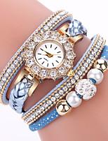 Недорогие -Жен. Кварцевые Цирконий крошечный бриллиант Мода Элегантный стиль Черный Белый Синий сплав Китайский Кварцевый Черный Светло-коричневый Белый Повседневные часы Имитация Алмазный 1 ед. Аналоговый