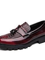 Недорогие -Муж. Кожаные ботинки Кожа Наступила зима Мокасины и Свитер Черный / Черный / Красный
