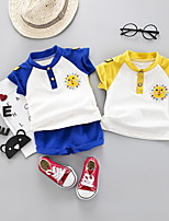 Недорогие -Дети (1-4 лет) Мальчики Классический Мультипликация С принтом С короткими рукавами Обычный Обычная Набор одежды Желтый