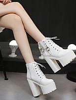 Недорогие -Жен. Ботинки На толстом каблуке Круглый носок Кожа Ботинки Наступила зима Черный / Белый