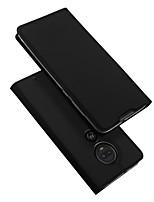 Недорогие -Кейс для Назначение Motorola Мото G7 Plus Бумажник для карт / со стендом / Флип Чехол Однотонный Кожа PU / ТПУ