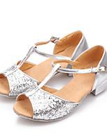 Недорогие -Девочки Танцевальная обувь Синтетика Обувь для латины Пайетки На каблуках Толстая каблук Золотой / Серебряный / Выступление