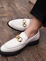 Недорогие -Муж. Комфортная обувь Полиуретан Весна лето Мокасины и Свитер Черный / Белый