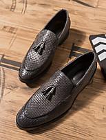 Недорогие -Муж. Официальная обувь Кожа Наступила зима Мокасины и Свитер Черный / Коричневый / Серый