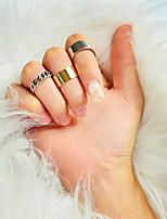 Недорогие -Жен. Ring Set 3шт Золотой Сплав Уникальный дизайн Камни Мода Подарок Повседневные Бижутерия геометрический Cool