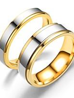Недорогие -Для пары Кольца для пар Кольцо 1шт Золотой Розовое золото Нержавеющая сталь Круглый Винтаж Классический Мода обещание Бижутерия