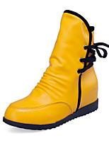 Недорогие -Жен. Ботинки Скрытая пятка Круглый носок Полиуретан Ботинки На каждый день Наступила зима Черный / Белый / Желтый