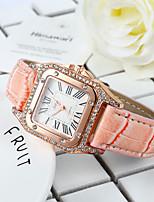 Недорогие -женские кожаные часы с квадратным циферблатом
