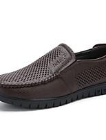 Недорогие -Муж. Комфортная обувь Полиуретан Лето Мокасины и Свитер Черный / Темно-коричневый