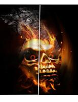 Недорогие -Хэллоуин тема горящий череп фон шторы утолщение затемнения звукоизоляционные шторы для спальни / гостиной
