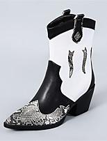 Недорогие -Жен. Ботинки На толстом каблуке Заостренный носок Полиуретан Сапоги до середины икры Винтаж Наступила зима Черно-белый