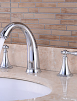 Недорогие -Ванная раковина кран - Широко распространенный Хром / Золотой / черный Разбросанная Две ручки три отверстияBath Taps