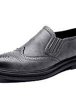Недорогие -Муж. Комфортная обувь Микроволокно Лето Мокасины и Свитер Дышащий Черный / Коричневый / Серый