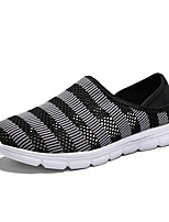 Недорогие -Муж. Комфортная обувь Сетка Лето Мокасины и Свитер Черный / Красный / Серый