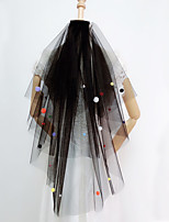 Недорогие -Два слоя Специальный дизайн Свадебные вуали Фата до плеч с Отделка 75 cm Тюль