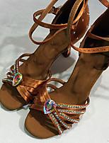 Недорогие -Жен. Танцевальная обувь Сатин Обувь для латины / Обувь для модерна Пряжки / Кристаллы / Crystal / Rhinestone На каблуках Толстая каблук Черный / Коричневый