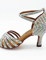 Недорогие -Жен. Танцевальная обувь Сатин Обувь для латины Искусственный жемчуг / Пряжки / Кристаллы На каблуках Толстая каблук Белый