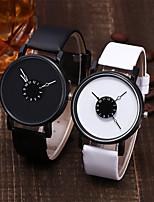 Недорогие -Жен. Кварцевые На каждый день Мода Черный Белый Искусственная кожа Кварцевый Черный Белый Повседневные часы Аналоговый