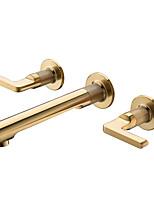Недорогие -Ванная раковина кран - Широко распространенный Матовое золото На стену Две ручки три отверстияBath Taps