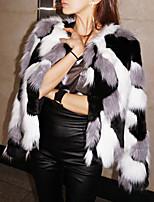 Недорогие -Жен. Праздники Изысканный Наступила зима Обычная Пальто с мехом, Однотонный V-образный вырез Длинный рукав Искусственный мех Черный