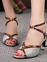 Недорогие -Жен. Танцевальная обувь Искусственная кожа Обувь для латины На каблуках Кубинский каблук Золотой / Серебряный