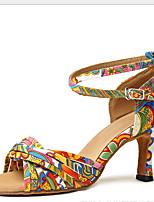 Недорогие -Жен. Танцевальная обувь Полиуретан Обувь для латины На каблуках Тонкий высокий каблук Цвет радуги