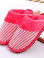 Недорогие -Жен. Тапочки и Шлепанцы На плоской подошве Круглый носок Искусственный мех На каждый день Зима Красный / Розовый