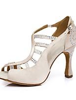 Недорогие -Жен. Танцевальная обувь Шёлк Обувь для латины На каблуках Тонкий высокий каблук Бежевый / Хаки