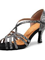 """Недорогие -Жен. Танцевальная обувь Искусственная кожа Обувь для латины На каблуках Каблук """"Клеш"""" Персонализируемая Серебристо-серый"""