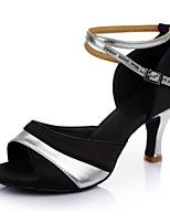 Недорогие -Жен. Танцевальная обувь Лакированная кожа Обувь для латины На каблуках Тонкий высокий каблук Персонализируемая Серебро / черный