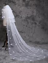 Недорогие -Три слоя Симпатичные Стиль Свадебные вуали Соборная фата с Отделка 110,24 в (280cm) Полиэфир / Тюль