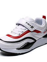 Недорогие -Мальчики Сетка / Полиуретан Спортивная обувь Большие дети (7 лет +) Удобная обувь Беговая обувь Черный / Белый Осень / Контрастных цветов