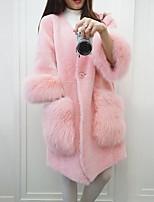 Недорогие -Жен. Повседневные Зима Обычная Искусственное меховое пальто, Однотонный V-образный вырез Длинный рукав Искусственный мех Белый / Розовый