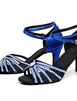 Недорогие -Жен. Танцевальная обувь Сатин Обувь для латины Лак / Пряжки / Кристаллы На каблуках Толстая каблук Черный / Коричневый / Синий