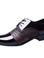 Недорогие -Муж. Кожаные ботинки Лакированная кожа Лето Туфли на шнуровке Черный / Коричневый