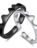 Недорогие -Для пары Кольца для пар Кольцо 1шт Черный Серебряный Медь Круглый Классический корейский Мода Подарок обещание Бижутерия Волна