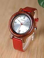 Недорогие -Жен. Кварцевые Мода Красный Розовый Натуральная кожа Японский Японский кварц Розовый Красный Повседневные часы деревянный 30 m Аналоговый Два года Срок службы батареи