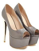 Недорогие -Жен. Обувь на каблуках На шпильке Открытый мыс Полиуретан Лето Черный / Белый / Светло-коричневый