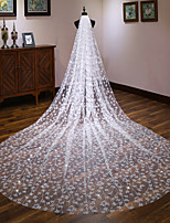 Недорогие -Один слой Европейский стиль Свадебные вуали Фата для венчания с Отделка 137,8 в (350cm) Кружева / Тюль