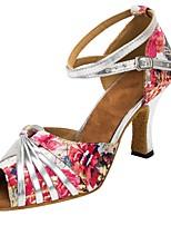 Недорогие -Жен. Танцевальная обувь Сатин Обувь для латины Цветы На каблуках Толстая каблук Персонализируемая Розовый