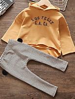 Недорогие -малыш Девочки Классический Полоски Длинный рукав Обычный Набор одежды Желтый