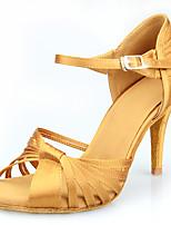 Недорогие -Жен. Танцевальная обувь Сатин Обувь для латины Сердце / Пряжки / Планка На каблуках Тонкий высокий каблук Персонализируемая Хаки