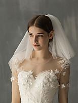 Недорогие -Два слоя Милая Свадебные вуали Фата до плеч с Однотонные Тюль