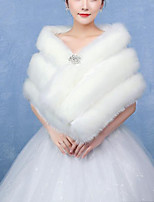 cheap -Sleeveless Faux Fur / Fox Fur Wedding / Party / Evening Women's Wrap With Crystal Floral Pin Capelets
