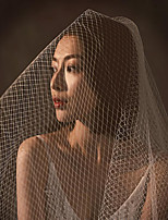 cheap -Two-tier Stylish / Artistic Style Wedding Veil Fingertip Veils with Solid 33.46 in (85cm) Tulle / Straight Cut