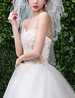 cheap -Four-tier Classic Style / Lace Wedding Veil Elbow Veils with Solid / Pattern 31.5 in (80cm) POLY / Lace