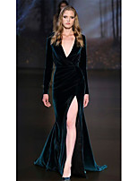 cheap -Mermaid / Trumpet Plunging Neck Sweep / Brush Train Velvet Elegant Formal Evening Dress 2020 with Split Front / Ruched by JUDY&JULIA