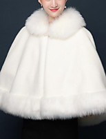 cheap -Sleeveless Faux Fur / Raccoon Fur Wedding / Party / Evening Women's Wrap With Solid / Fur Capes