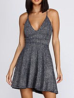 cheap -A-Line V Neck Short / Mini Polyester Sexy / Grey Cocktail Party / Homecoming Dress with Sequin / Pleats 2020